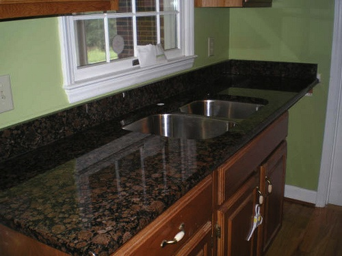 Comparing Countertop Materials For Kitchens : ... reviewcomparing the top 11 materials used for kitchencountertops